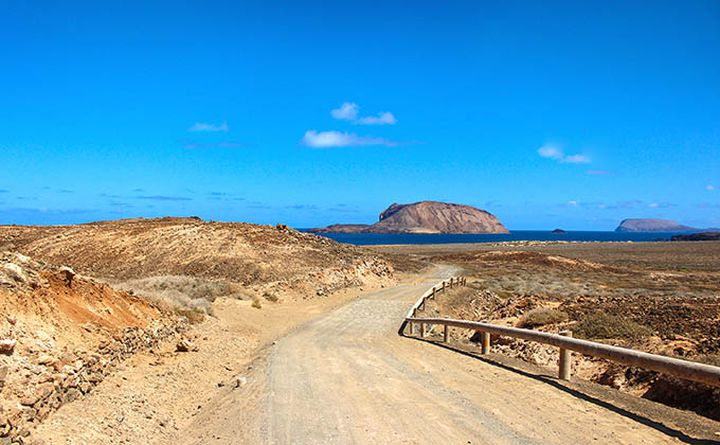 cycling_in_lanzarote-la_graciosa_680px.jpg