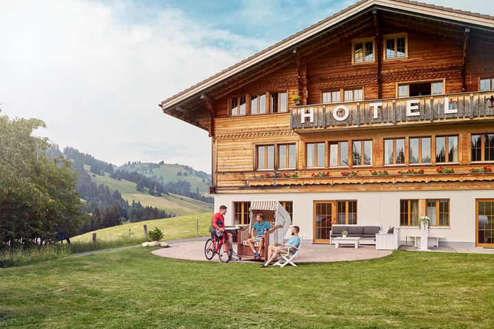 bike-hotels-switzerland.png