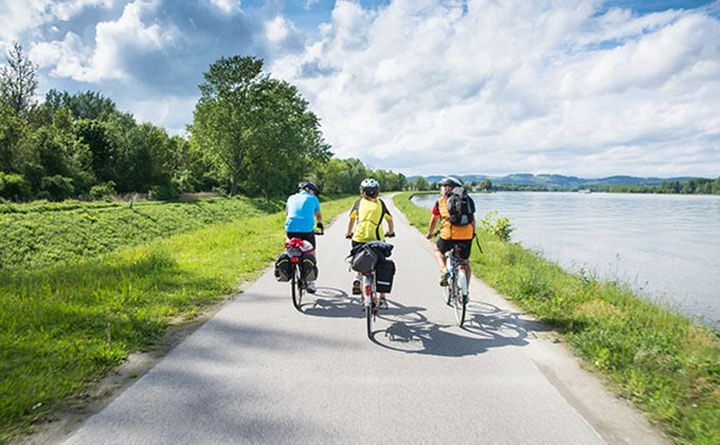 danube_cycle_path_in_austria_680px_stamaro.jpg
