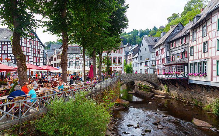 radrouten_in_nordrhein-westfalen-monschau-christian_mueller_640px.jpg