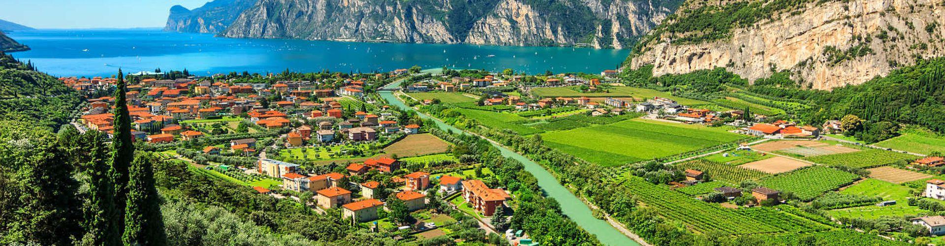 10 stunning bike tours around Lake Garda