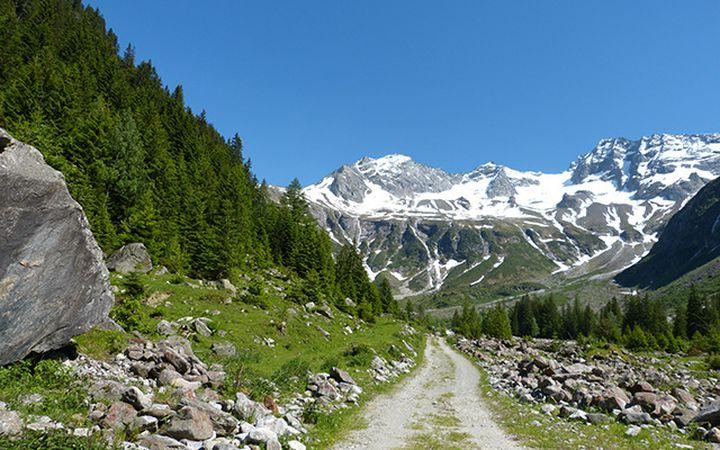 cycling-tyrol_glacier-road_640px.jpg