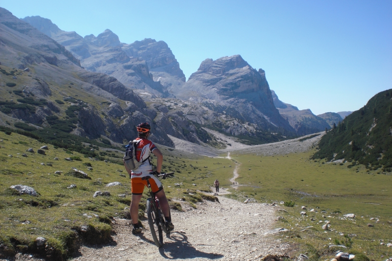 Cycling routes in Dolomites - Tofane Tour