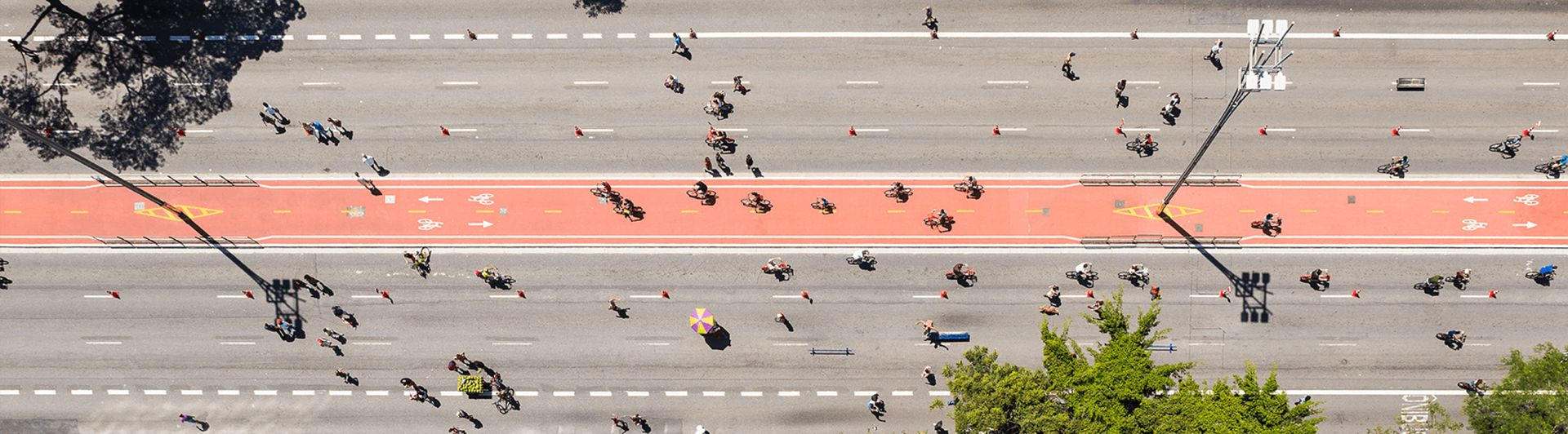 Big street full of cyclists