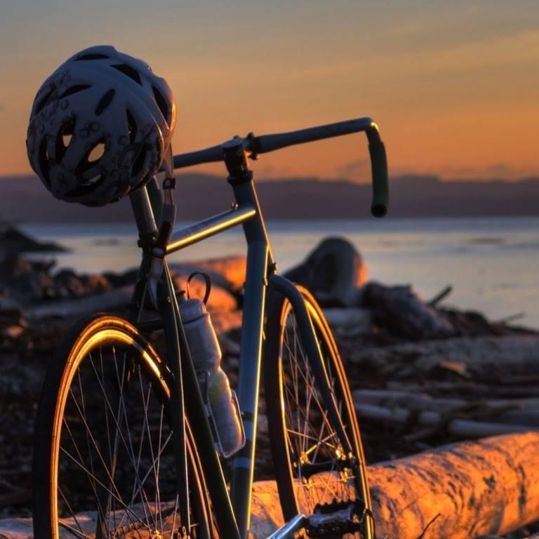 Pe doua roti cu bicicleta