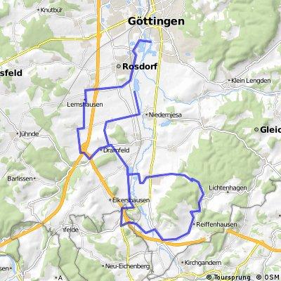Kurze Runde Einsteiger-Kurs. Relativ wellig. Ca. 50km   CLONED FROM ROUTE 833811