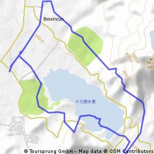 十三陵水庫環湖
