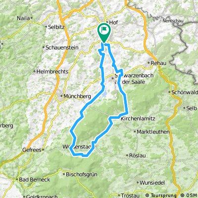ADFC-Hof: Wochenendtour vom Untreusee über die Saalequelle zur Edelweißhütte des DAV in Weißenhaid.