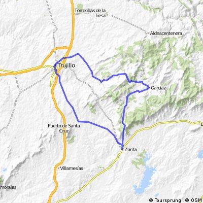 De Trujillo a la Sierra de Guadalupe (Trujillo-Madroñera-Garciaz-Zorita)