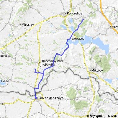 Hrušovany nad Jevišovkou-Hevlín-Laa-Hevlín-Jevišovka-Drnholec-Brod-Pasohlávky-Ivaň-Vranovice