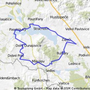 Z Rakvic na Dunajovické kopce