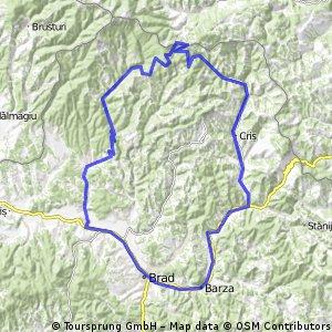 Tura prin muntii Zarandului, trecand pe la poalele muntelui Gaina