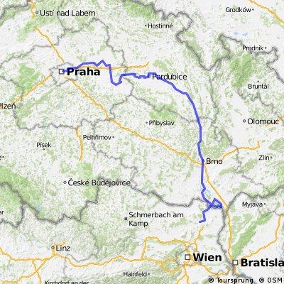 Prague-Vienna Easy Short