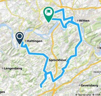 Auf alter Bahntrasse durch die Elfringhauser Schweiz