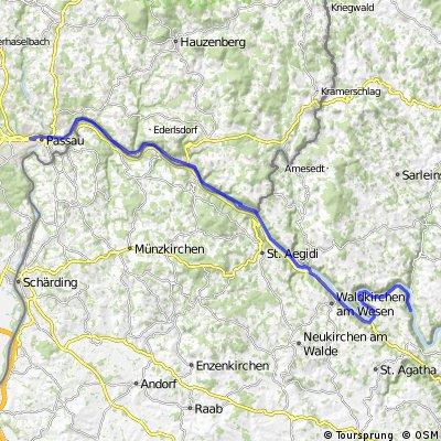 Danube bike trail ll (Passau-Viena) 15-18Aug2013