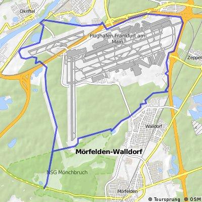 Mönchhof: Rund um Flughafen