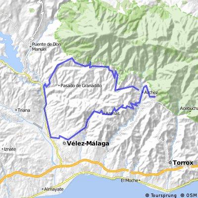Wielrenroute Cómpeta-Corumbela-Arenas-Velez Malaga-Canillas de Aceituna-Salares-Cómpeta