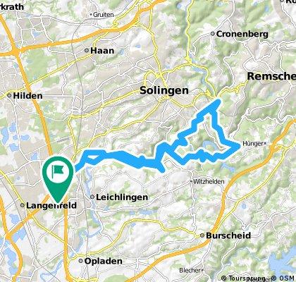 Von Langenfeld zur  Müngnstener Brücke und nach Schloss Burg.