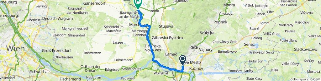 Pohodová cyklistika popri rieke Morava