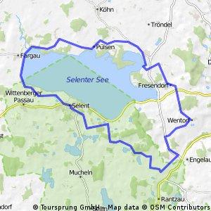 R6 - Kirchen und Herrenhäuser rund um den Selenter See