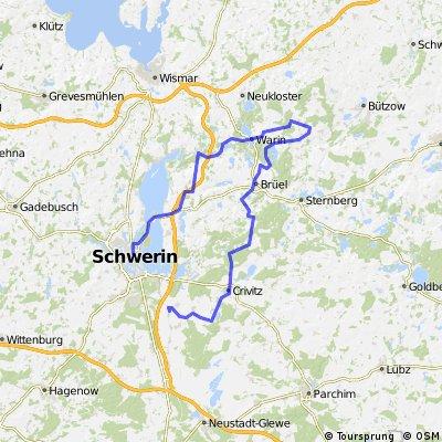 Von Schwerin in Sternberger Seenlandschaft