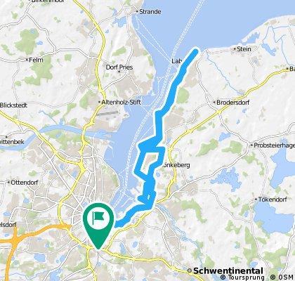 Lengthy bike tour through Kiel