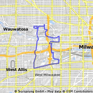 Cycling routes and bike maps in and around Wauwatosa Bikemap