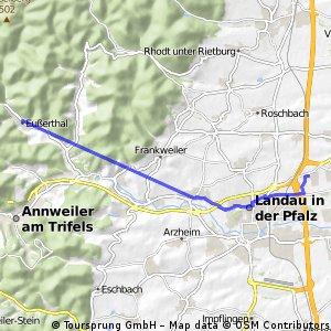 Schnelle Ausfahrt von Landau in der Pfalz nach Eußerthal
