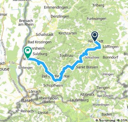 Von Titisee-Neustadt über kleine Pässe und Wirtschaftswege bis zum BlauenBlauen