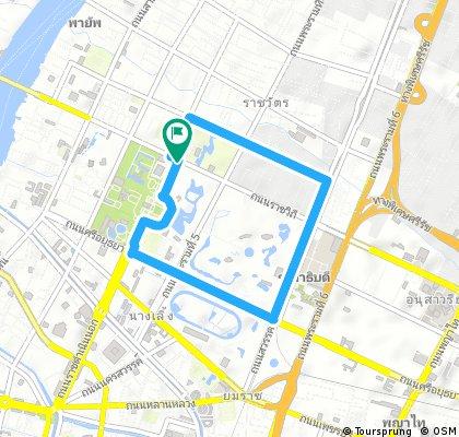 Circle ride Bangkok old town