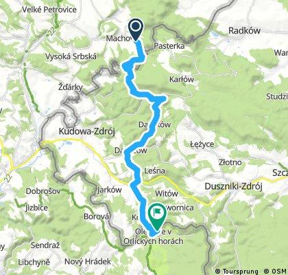 Machovská lhota - Krásná vyhlídka - Bledne skaly - Karlów - Darnków -  Danczow - Lewin-Klodzki - Olešnice v Orlických horách (pěší Podzim 2016, Den 3. z 5)