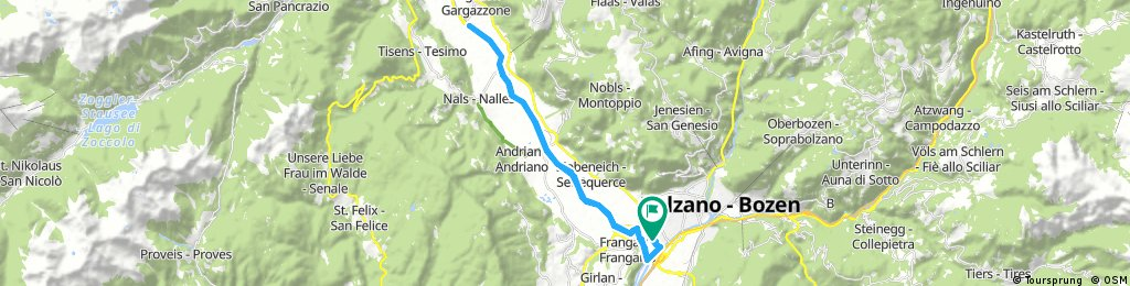 Lengthy bike tour through Bolzano