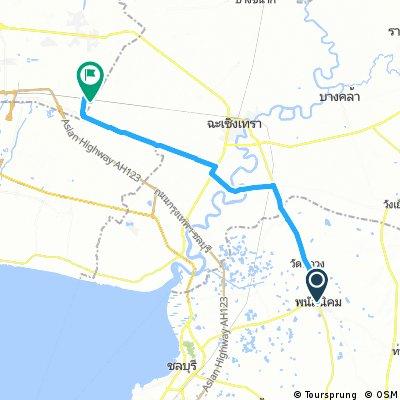 Long bike tour from Phanat Nikhom to Pak Kret