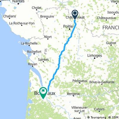 (4) Final Chattelerault - Bordeaux, 282km, 990HM (camping)