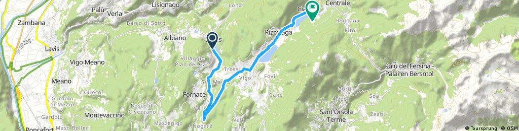 Track 4 a. Abzweig zum Campingplatz am Lago  delle Piazze