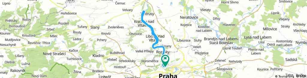 Z Prahy podél Vltavy na zámek Nelahozeves