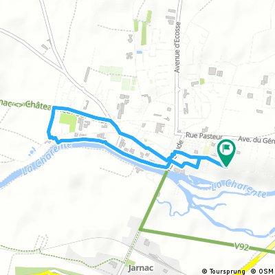 Short bike tour through Jarnac