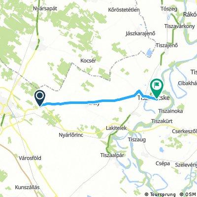 bike tour through Tiszakécske