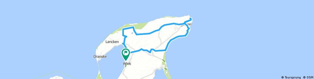 Lengthy bike tour through Wiek