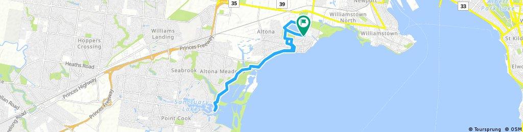 bike tour through Altona