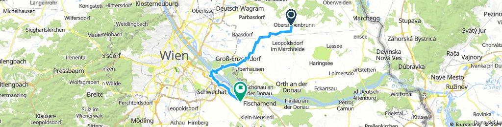Lange Ausfahrt durch Gemeinde Schwechat
