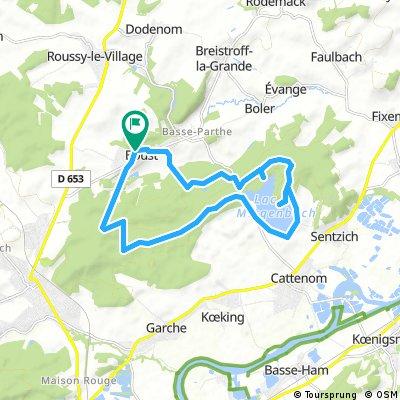 bike tour through Boust