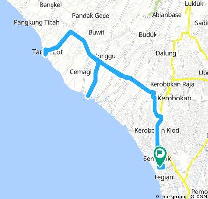 Long bike tour through Seminyak