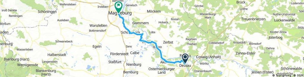3. Tag Elberadweg Dessau - Magdeburg (76 km)