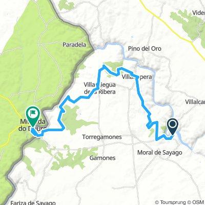 Villalcam Miranda 38 km