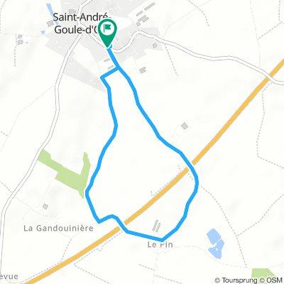 Snail-Like Lundi Track In Saint-André-Goule-D'oie petite balade avec Enzo :-)