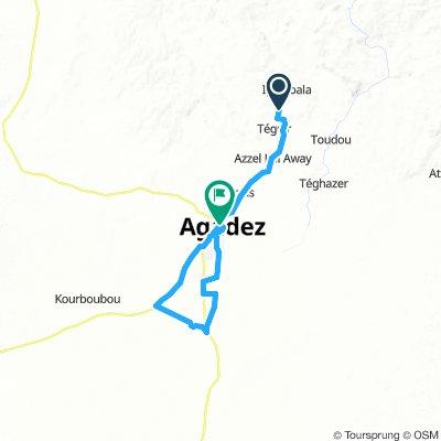 Parmi les Camps Touaregs (La Coupe de la Soif Éternelle Stage 1)