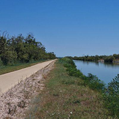 Arles - Saintes-Maries-de-la-Mer