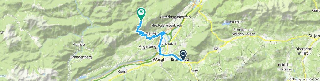 Wörgel, Buchackeralm, Eishöhle