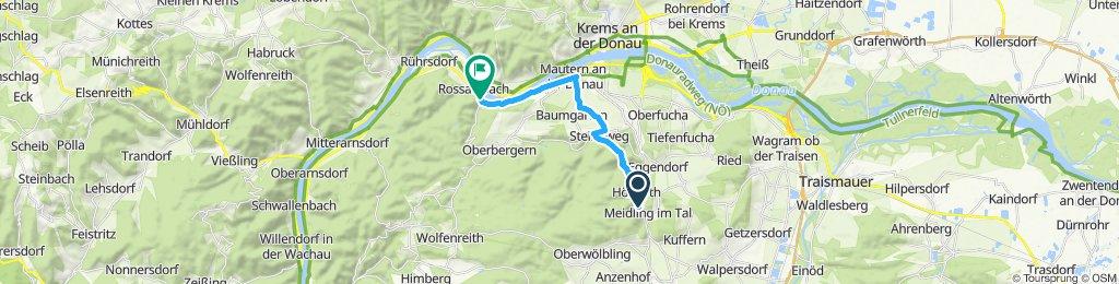 Langsame Fahrt in Rossatz-Arnsdorf